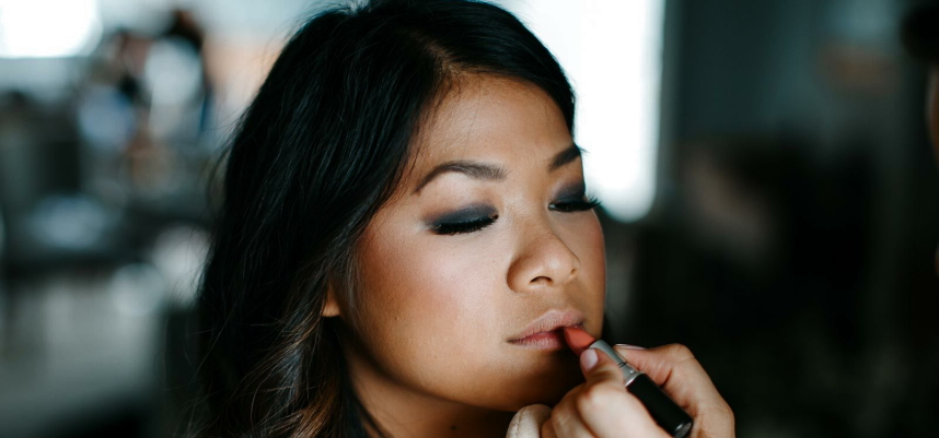 Tips for doing your Makeup on the Wedding Day