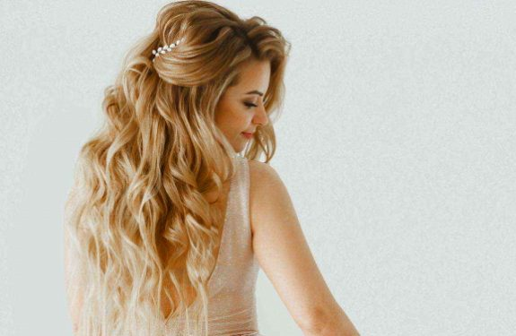 Ten Eye-Catching Hairstyles For Brides With Straight Long Hair